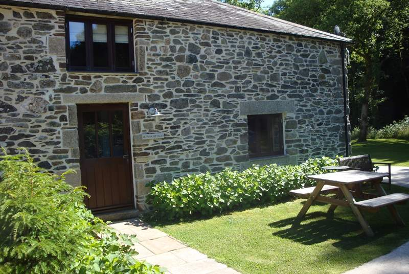 Lena is such a beautiful cottage and offers this wonderful little suntrap, so sit back and prepare to be truly spoilt by your extremely special surroundings.