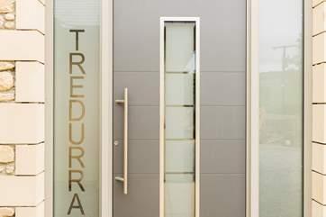 Welcome to Tredurra.