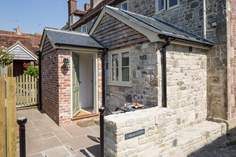 Orchard View - Holiday Cottage - 6.8 miles NE of Shaftesbury