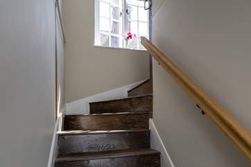 This beautiful staircase has been lovingly restored, it is not suitable for a stair-gate.