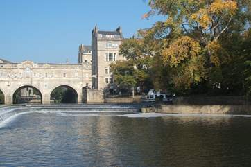 The nearby city of Bath is a must-see, Pulteney Bridge is very photogenic.
