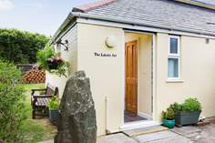 The Lobster Pot - Holiday Cottage - The Lizard