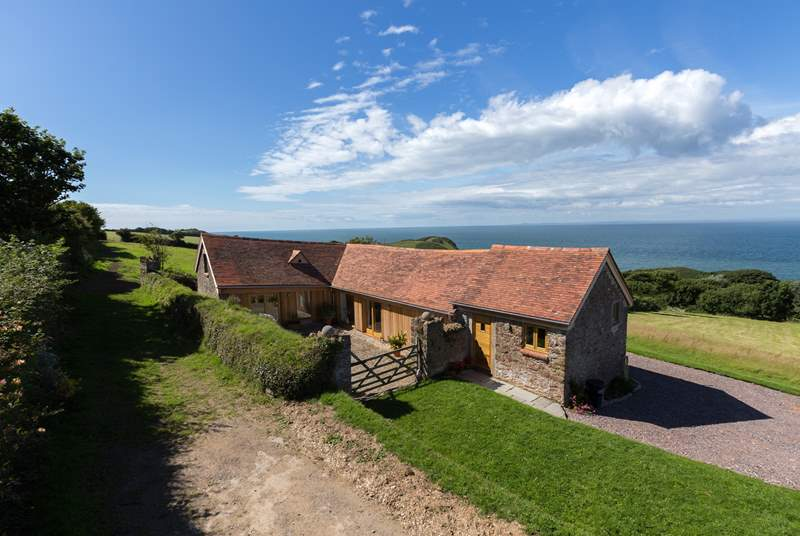 Set apart from the farmstead on the dramatic north Devon coast with panoramic views.
