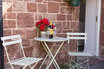 There is a pretty courtyard at the back of the cottage too where you can sit and relax. There is pedestrian access to the other cottages along the top of  the courtyard area.