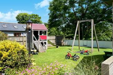 The communal play area will keep the youngsters amused