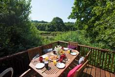 Roseland Valley Retreat - Holiday Cottage - 9.2 miles NE of St Mawes