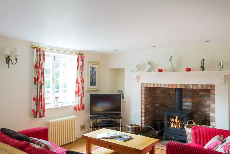 This sitting-room has a TV with BT Infinity, Sky TV and an automated piano (hours of fun!).