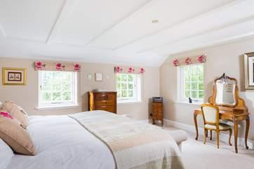 Bedroom 5 is a beautiful room.