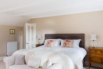 Bedroom 5 has 'zip and link' beds (6' super-king double or 3' singles).