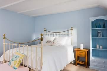 Bedroom 4 has a 5' bed.