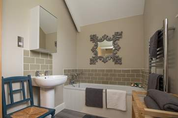 The large family bathroom is right next to the second bedroom so two couples on holiday together will have their own facilities.