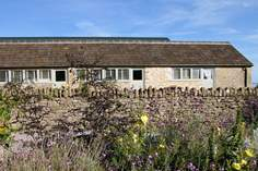 Court Farm Cottage - Elsewhere - Holiday Cottage - 8.5 miles S of Bath