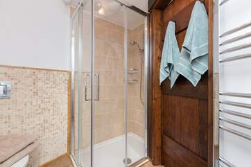 This is the en suite shower-room, again offering plenty of space.