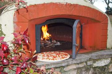 You will have fun using the pizza oven
