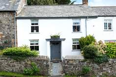 Puffin's Nest - Holiday Cottage - 1.2 miles NE of Bude