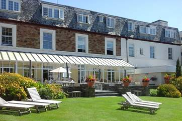 This wonderful County Hotel has an AA Rosette Award for its delicious food and first class service.