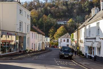 No 5 Chapel Street is a beautifully renovated period cottage at the very heart of the  market town of Dulverton - the Gateway to Exmoor.
