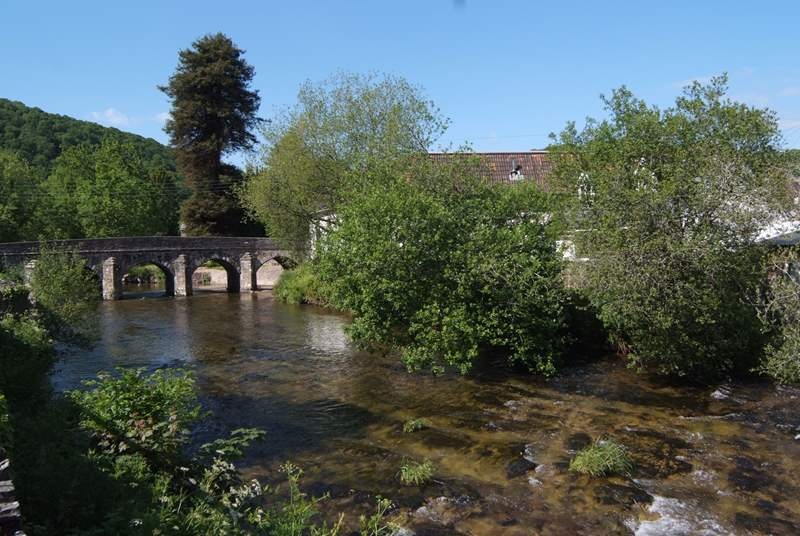 The River Barle flows through Dulverton and has lovely riverside walks and a great riverside pub.