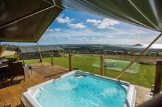 Mount View Horizon Safari Tent - Holiday Cottage - 2.2 miles NE of Penzance