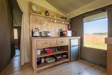 Fully equipped with everything you will need for a luxury glamping holiday.