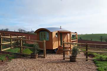 Whatever the time of year, this is a great place to stay. Cosy on an exciting winter day, truly relaxing in the summer sun