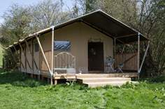 Mukota Safari Tent - Holiday Cottage - 1.4 miles N of Shaftesbury