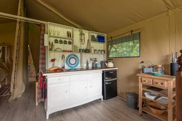 All you could need for a comfortable glamping break.