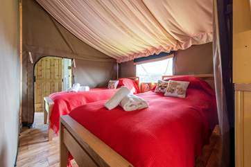 The twin room has gorgeous bedding too, hot water bottles are available for super warm cosy feet.