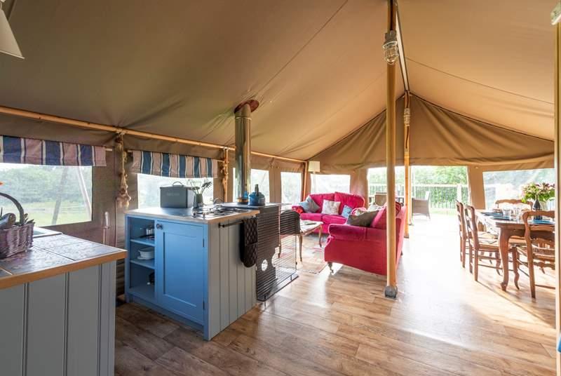 This spacious safari tent has a French theme.