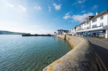 The seafront in St Mawes, just steps away from Russell House.
