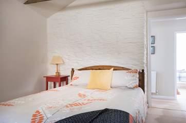 Bedroom 2 has a kingsize (5') bed.