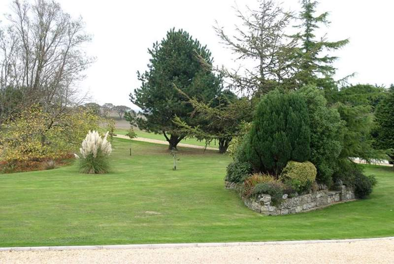 1 Bagwich Barn is in a private complex in the countryside, the gardens within have been beautifully landscaped and this is the view from the seating outside.