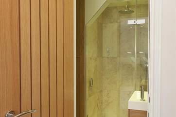 The top of the range shower cubicle and en suite to the master bedroom.