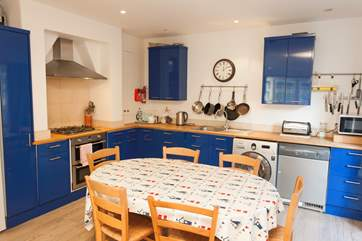 Use the well equipped kitchen to cook Mum's famous roast dinner.