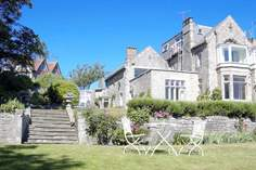 2 Seaview House - Holiday Cottage - Seaview