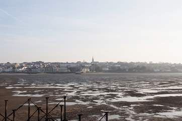 Ryde's phenomenal tides go out as far as half a mile, leaving you with plenty of beach to explore!