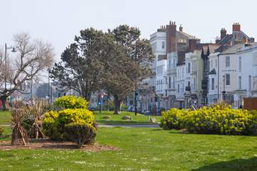 3 Windsor is located on the beautiful seafront, within walking distance to the seafront attractions and the town of Ryde