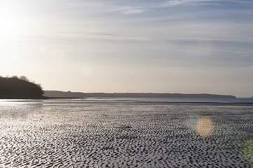 Oh I do like to be beside the seaside...