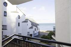 30 Seaview Bay - Holiday Cottage - Seaview