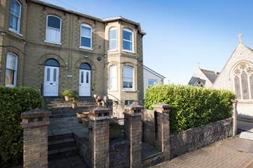 Welcome to 4 Carina in Seaview, seconds away from the High Street and just moments to the beach