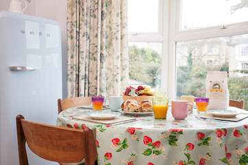 Sit down for a hearty breakfast with local produce from the Seaview Community Shop