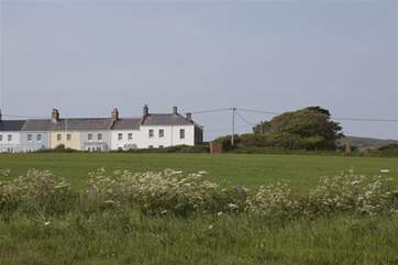 6 Coastguard Cottage is one of an original group of cottages situated on stunning National Trust coastline