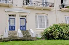 7 Lind Court - Holiday Cottage - Ryde