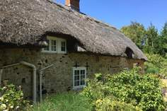 Afton Thatch - Holiday Cottage - 3.5 miles NW of Old Freshwater