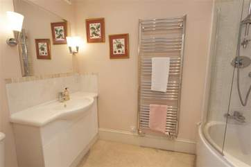 Ensuite bathroom with shower over bath