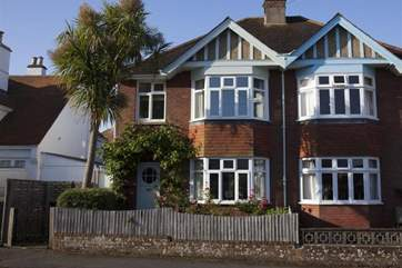 Blackberries is a pretty property just minutes away from the heart of Seaview