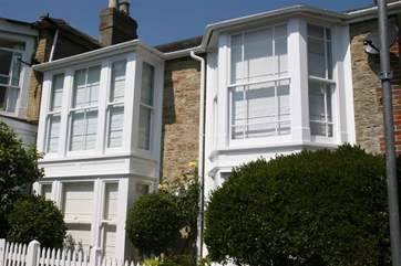 Compass Cottage is a 3 bedroom property in the heart of Seaview, just moments from the beach.