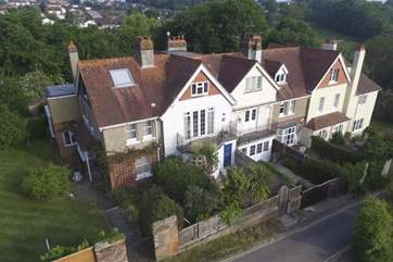 Dickens Cottage is just a stone's throw away from the award winning Seagrove Bay beach.