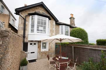 Elm Cottage, situated in the heart of Seaview.