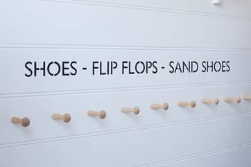 Shoes - Flip flops - Sand shoes